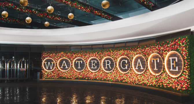 Watergate Holiday SIgn